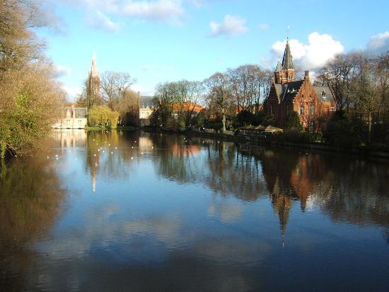 Брюгге, Бельгия: Solitude in Bruges