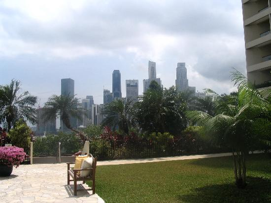 Mandarin Oriental, Singapore: View from Pool