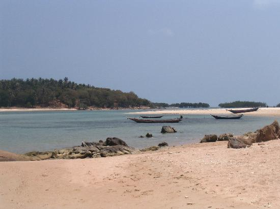 Coral Bay Resort Photo