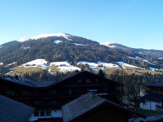 Der Berghof : And the other direction