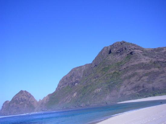 Nusa Tenggara Occidental, Indonesia: Tropical beach-for surving-Sumbawa-Maluk