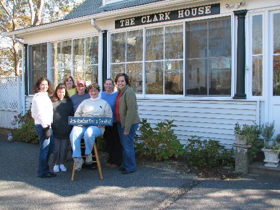 كلارك هاوس آت ذا توين أوكس إن: My Team in November 2006