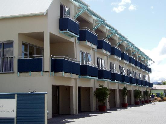 Marine Reserved Apartments: 3-storey block