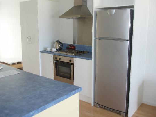 Marine Reserved Apartments: Kitchen area