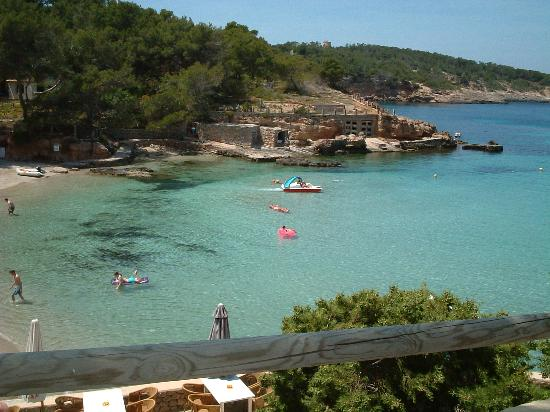 Es Grop Apartments: The smaller bay in Portinatx, Ideal for young children...