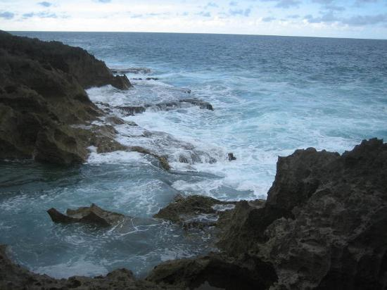 Culebra, Porto Rico : the rocks @the beach