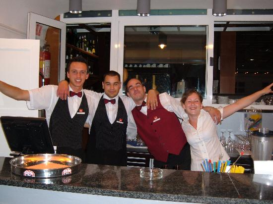 Bluesun Hotel Borak: Best bar staff ever