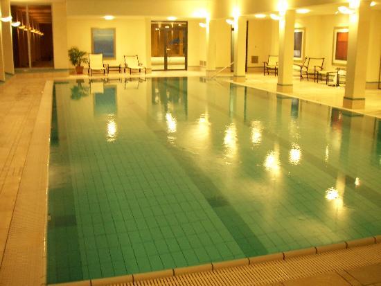 Lenkerhof gourmet spa resort : Indoor Pool