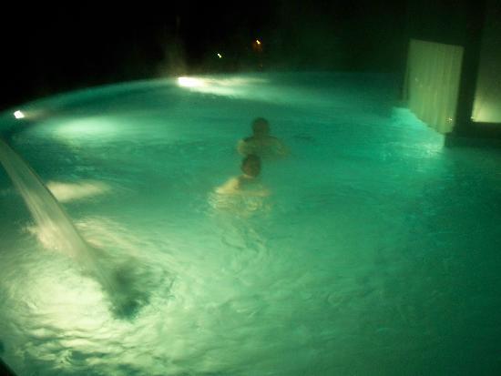 Lenkerhof gourmet spa resort : Outdoor heated pool