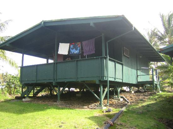 Waianapanapa State Park Cabins : Outside of cabin 4