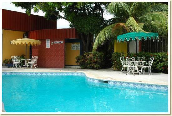 Hotel Estrella: piscina