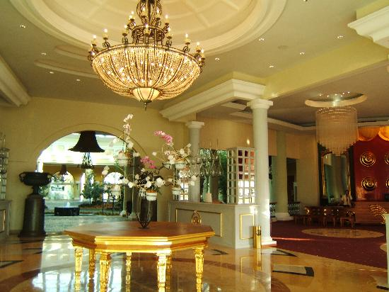 Iberostar Grand Hotel Paraiso: entrance lobby and reception