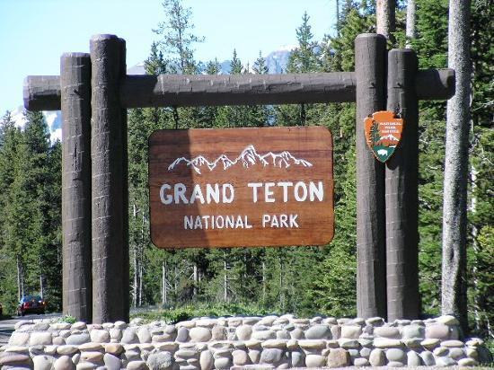 Grand Teton National Park, WY: ENTRANCE TO THE TETONS