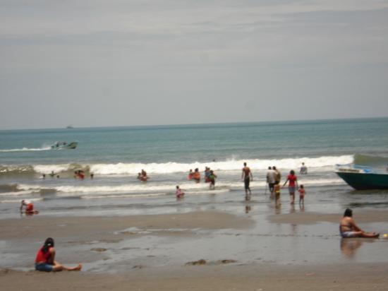 Esmeraldas, Ecuador: vista panoramica del mar