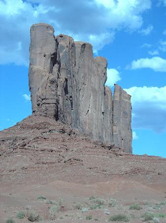 Enter to Monument Valley