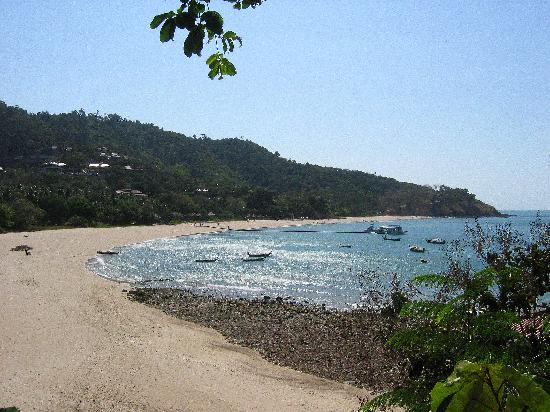 Lanta Marine Park View Resort : View of Kantiang Bay. The beach is more peaceful than the accommodation!