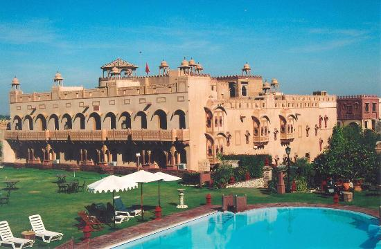 Khimsar, India: Hotel and pool from ramparts