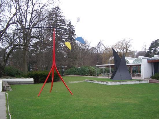 Humlebaek, เดนมาร์ก: Calder Sculpture