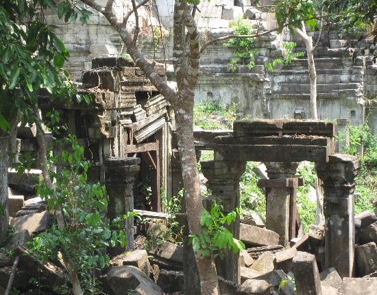 The Villa Siem Reap: Exploring