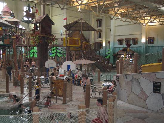 Great Wolf Lodge : water slides