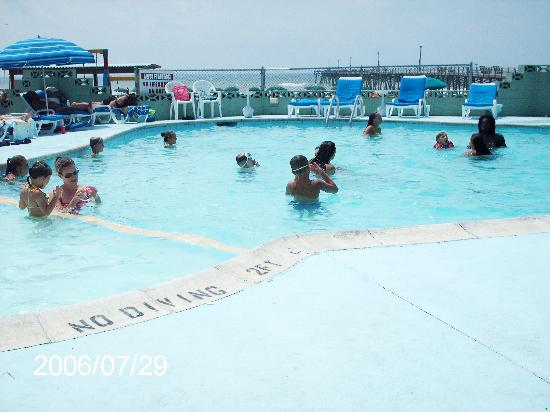 Oceanana Family Motel: Pool
