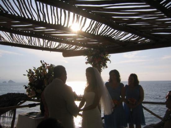 Hotel Playa Fiesta: Ceremony
