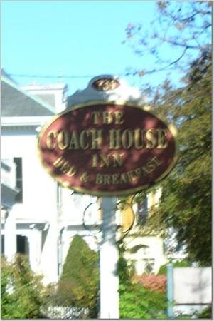 Coach House Inn sign