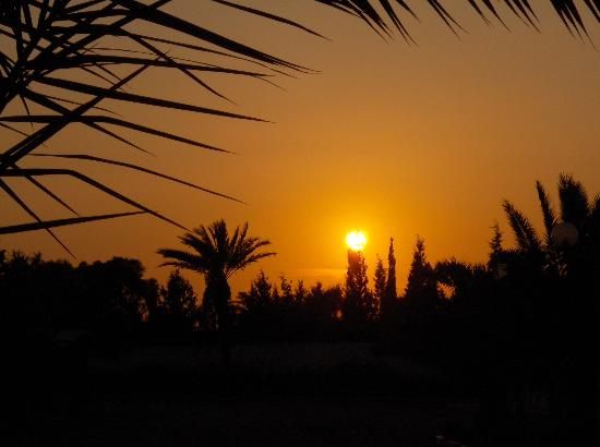 El Mouradi Skanes: sunset from hotel garden