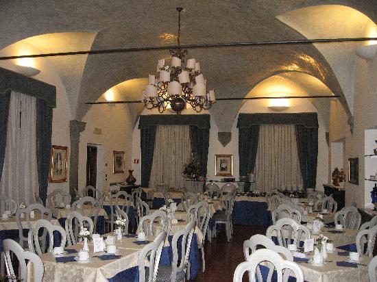 Rivoli Boutique Hotel: Breakfast area