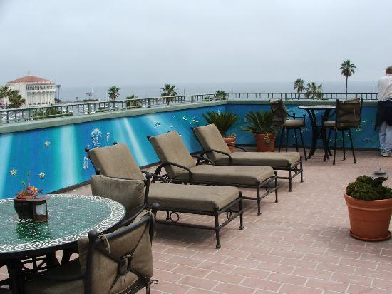The Avalon Hotel : rooftop deck