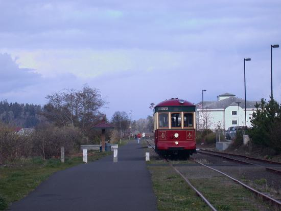 Astoria Riverfront Trolley Photo