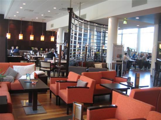 Holiday Inn Helsinki West-Ruoholahti : Lobby, Holiday Inn West