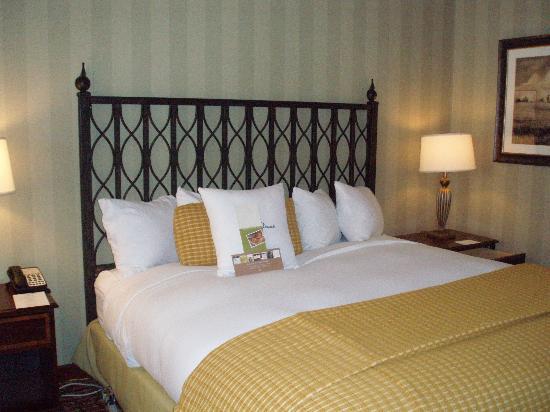 DoubleTree by Hilton Hotel Atlanta - Marietta: Most comfortable hotel bed ever!