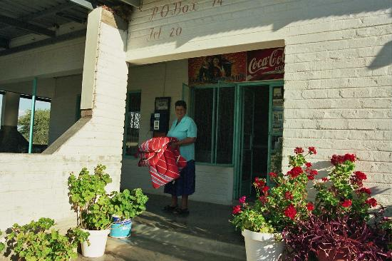 Windhoek, Namibia: Connie's Rest Stop - The best Cocacola I have ever had!