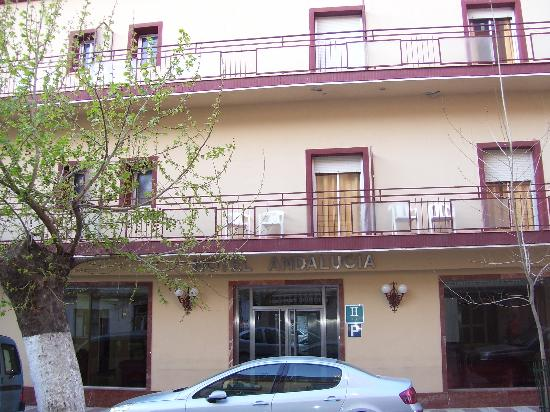 Andalucia Hotel: Front of Hotel