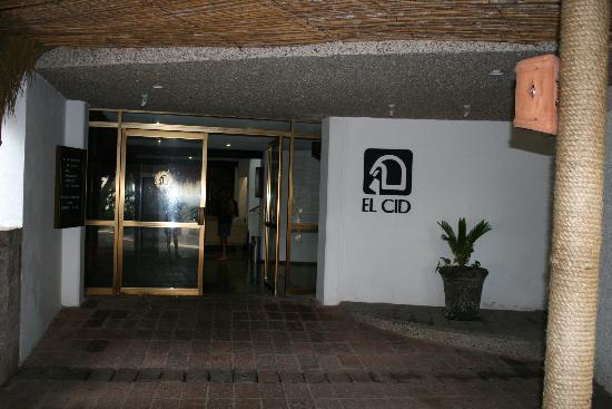 El Cid Granada Country Club: Granada Entrance