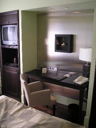 Elite Park Avenue Hotel Photo