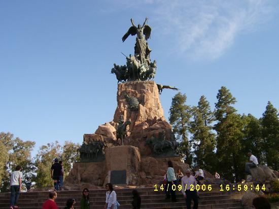 حديقة باركو جينيرال سان مارتن