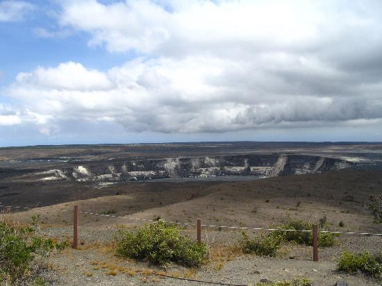 Hawaii Volcanoes National Park, Havaí: Crater