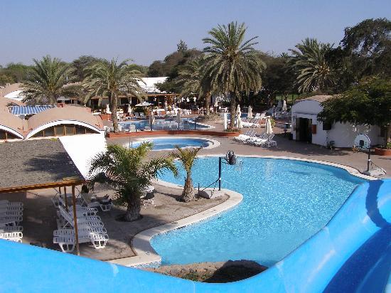 Hotel Las Dunas: Pool from top of slide