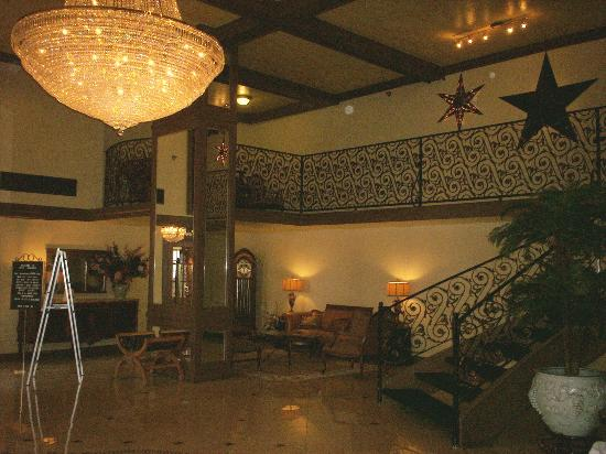 Chateau Suite Hotel, Downtown Shreveport Photo