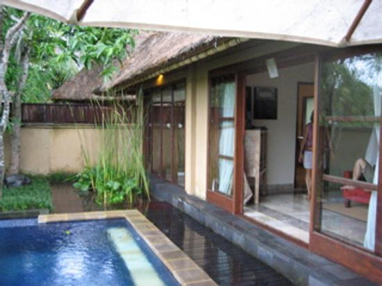 Komaneka at Monkey Forest: Private pool villa