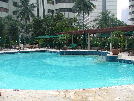 Shangri-La Hotel Kuala Lumpur: Pool