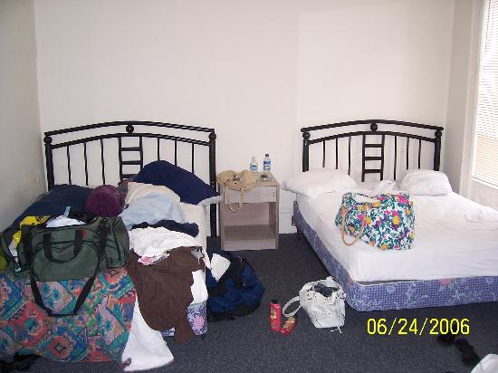 Mount Royal Hotel & Hostel: Picture of the room