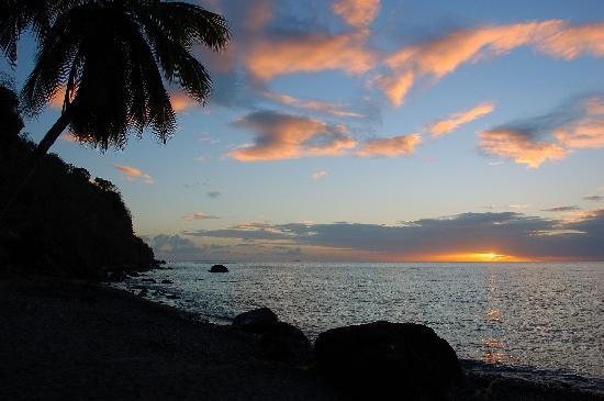 Dominica: Sunset Bay Sunset