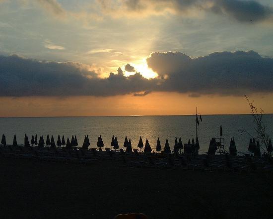 Hotel delle Palme: Sunrise at Spotorno