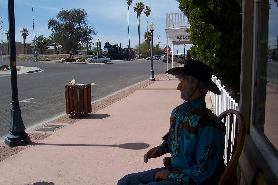 Wickenburg, AZ: Long street on old railroad section