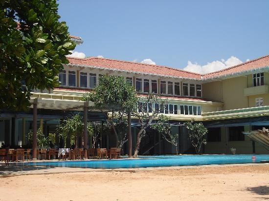 Heritance Ahungalla : Pool area