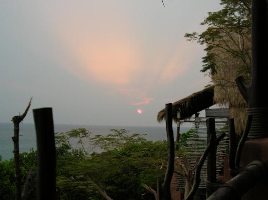 Koh Tao Cabana: View from our cottage at dusk
