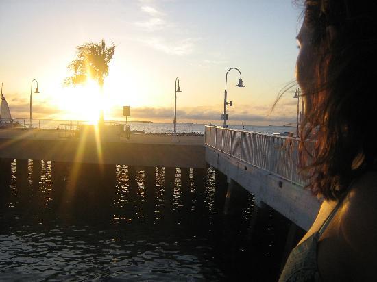 Atlantis House : Many great sunsets!